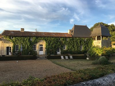 Photo for Great family home in Anjou, quiet, close to Castle of the Loire, pool