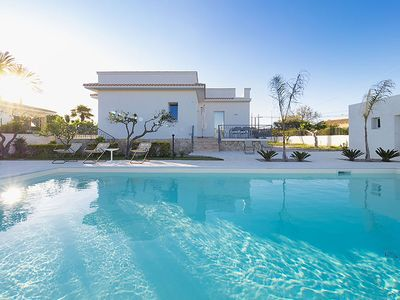 Photo for 2 bedroom Villa, sleeps 4 in Lido Signorino with Pool, Air Con and WiFi