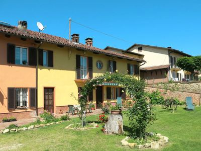 Photo for Vacation home Bricco dei Ciliegi (COZ120) in Cortazzone - 12 persons, 5 bedrooms