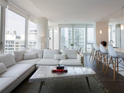 Photo for Gorgeous 3BR Penthouse with Lake View by Domio