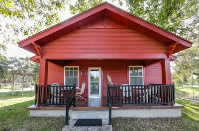 You Fredericksburg retreat begins at this cozy vacation rental house!