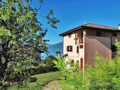 Photo for Apartment Casa Ludovica (GLA167) in Gera Lario - 5 persons, 2 bedrooms