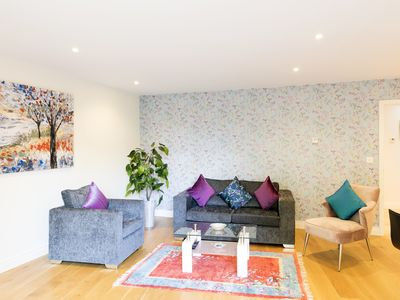 Photo for Luxurious City Centre (Parkers Peace) Penthouse