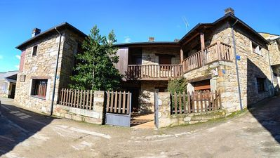 Photo for Rural house (full rental) for 10 people
