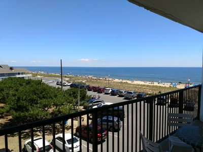 Photo for LINENS INCLUDED*!, OCEANFRONT BUILDING, ROOFTOP POOL, ON THE REHOBOTH BOARDWALK