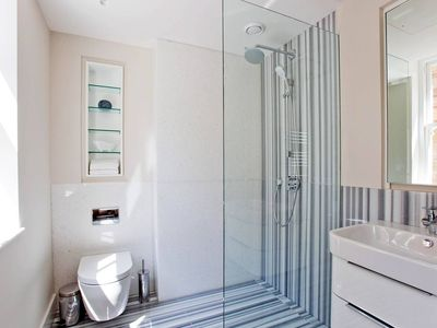 Photo for Luxury and Modern Flat with AC, Concierge and Lift