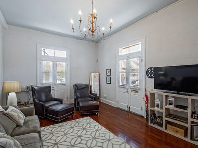Photo for Beautiful & Spacious 2br/2ba in Bywater