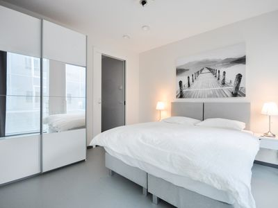 Photo for 1BR Apartment Vacation Rental in Rotterdam