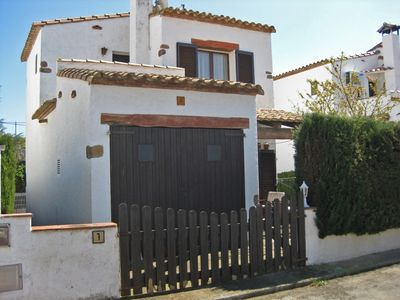 Photo for 2 bedroom Villa, sleeps 4 in l'Escala with Air Con and WiFi