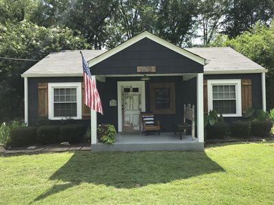 Photo for Charming Cottage on the Plains- walking Distance to Auburn University!