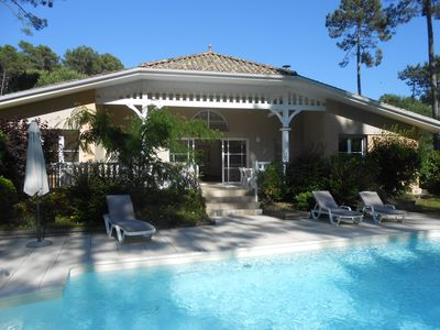Photo for 4 bedroom luxury villa with private pool, quiet residential area