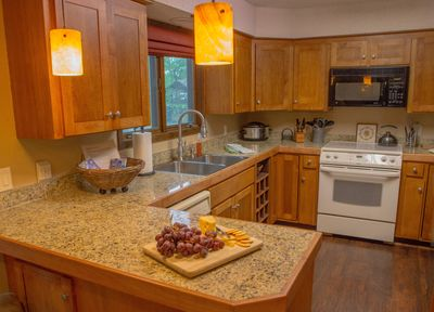 Recently renovated Kitchen features everything you need! New cookware added 4/19