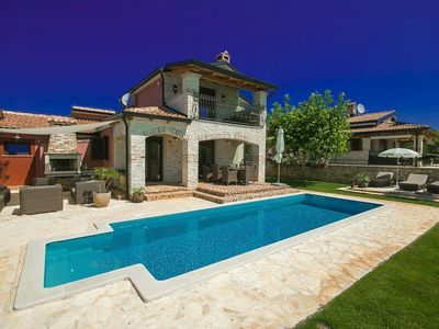 Photo for Beautiful villa with private pool near Porec, suitable for music lovers
