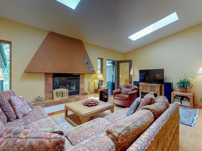 Photo for NEW LISTING! Cozy townhome w/deck & gas fireplace - on free shuttle route
