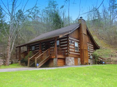"""Photo for """"Bear End"""" is a cozy cabin nestled in a wooded, private setting with all of the amenities of home."""