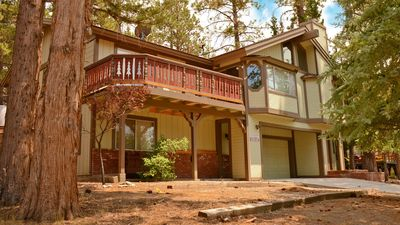 Photo for 2 miles from Ski Resorts, game room, great kitchen, open layout,, close to town