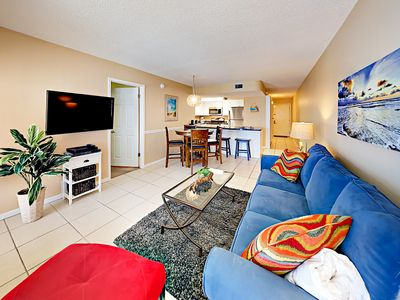 Newly Furnished 2BR in Beachfront Complex w/ Gulf Views, Pool & Grill Area