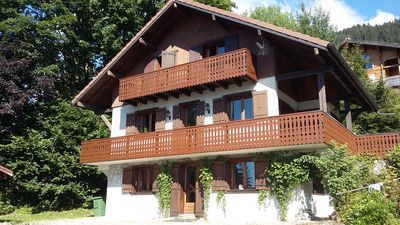 Photo for Perfect location! Quiet with its garden and close to the slopes
