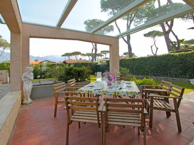 Photo for Vacation home Dei Medici in Forte dei Marmi - 7 persons, 4 bedrooms