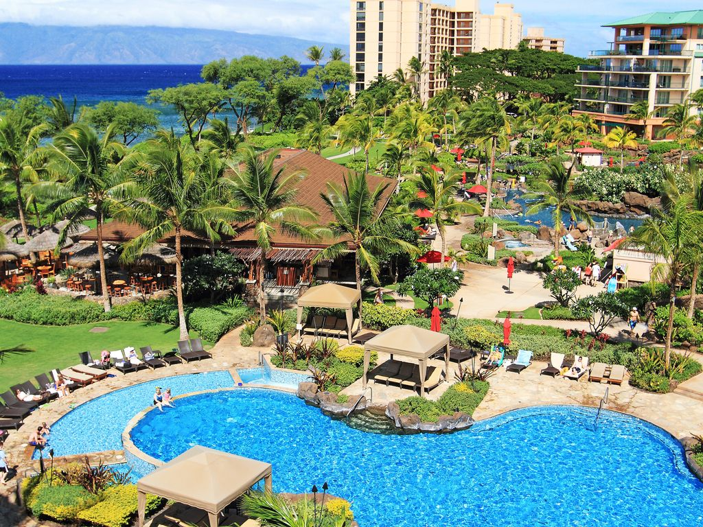 Ground Floor at Honua Kai w/ Resort View and Beautiful Garden and ...