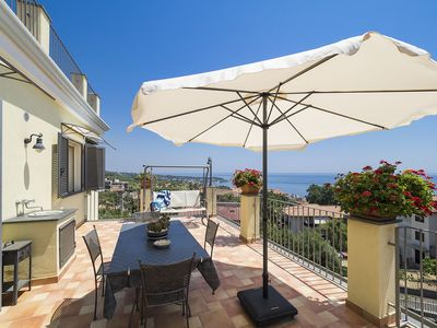 Photo for EXCEPTIONALLY PANORAMIC Apartment-suite within walking distance from Aci Trezza