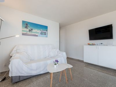 Photo for Modern Apartment On the Beach with Balcony, Sea View, Wi-Fi & Smart TV