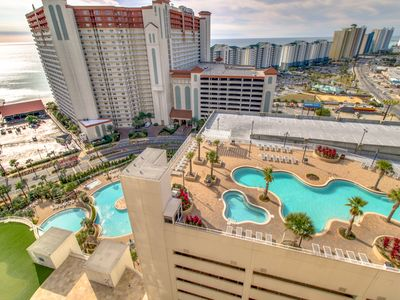 Photo for 17th-floor condo w/amazing views, shared pool & beach access - snowbirds welcome