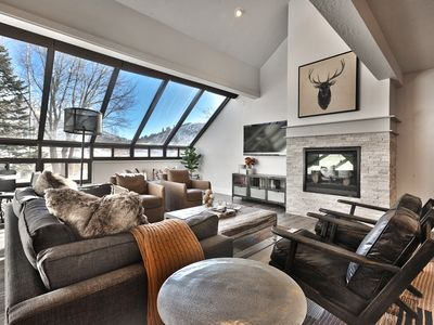 Photo for Newly Remodeled Mountain Townhome 3 BD/3.5 BA Premier Lower Deer Valley Location