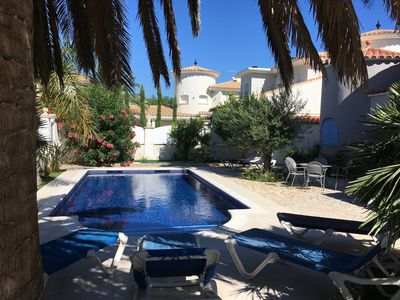 Photo for Alberes - Large villa on the canal for up to 12 people with pool in Empuriabrava