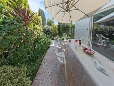Photo for Villa Larmor-Plage, 4 bedrooms, 8 persons