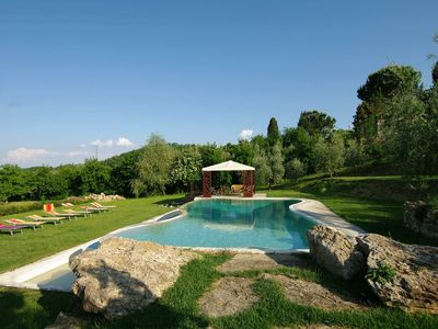 Photo for Amazing villa Incanto, luxury villa in Tuscany countryside with breathaking view of Montepulciano, p
