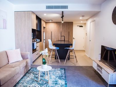 Photo for Brand New Luxury 1 Bed Apt in Woolloongabba