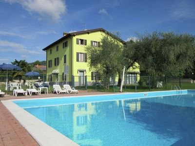 Photo for Manor house in Bardolino, Lake Garda. Swimming pool, large garden and Wi-Fi.