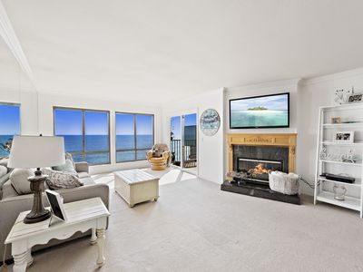 Photo for Gorgeous ocean views and a short walk to town.  The ultimate vacation spot!