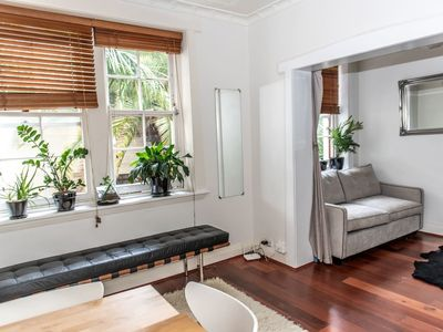 Photo for Chic Quiet Apartment Close to Everything