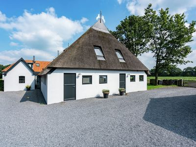 Photo for Bed & Breakfast near National Park the Drents-Friese Wold withm necessary luxury