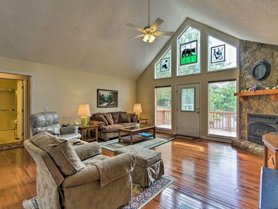 Photo for NEW! Sevierville Home w/Hot Tub Near Dollywood!