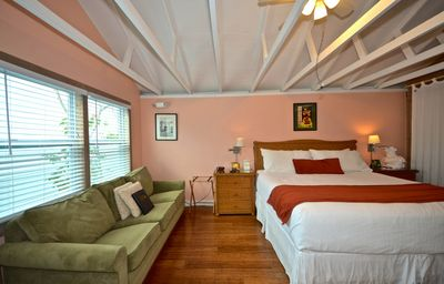 Photo for Charming tropical getaway w/ shared pool, sundeck, and bar - near Duval Street