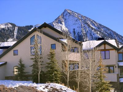 Photo for Luxury Ski-In/Ski-Out Townhome Right by Ski School! Hot Tub!
