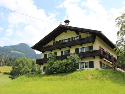 Photo for Spacious holiday home (200 m2) for 13 people, not far from the lifts