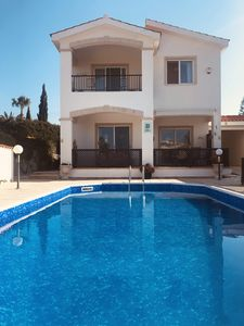 Photo for Beautiful Detached Villa With South Facing Heated Pool **4mins walk to beach