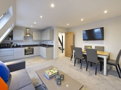 Photo for Stunning Notting Hill Flat