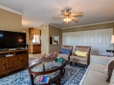 Photo for Spectacular 1 Bedroom Old town Scottsdale Condo
