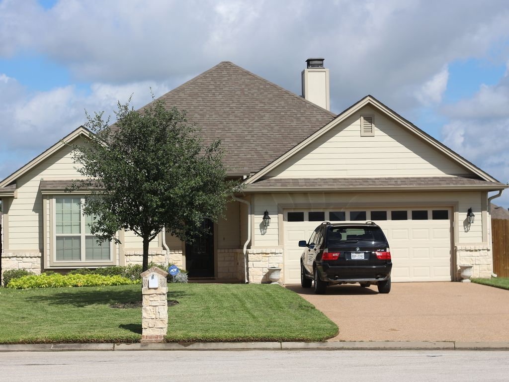 Nice 3 2 1600sf Home 3 Br Vacation House For Rent In College Station