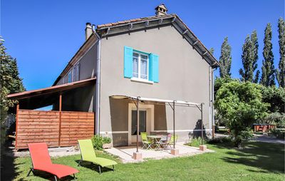 Photo for 3 bedroom accommodation in Verquières