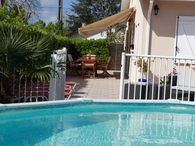 Photo for House heated pool on the Arcachon basin near lake and ocean beaches