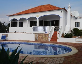 4 Bedroom Detached Villa with Private Pool and Beautiful Sea Views