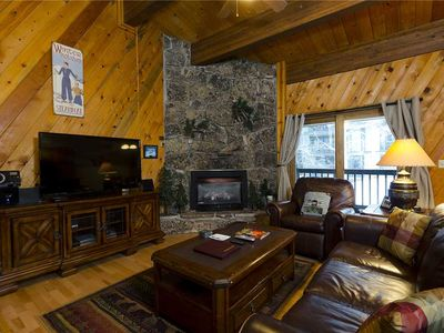 Photo for P206 by Mountain Resorts ~ NEW LISTING ~ Walk to slopes, Pool & Hot Tub