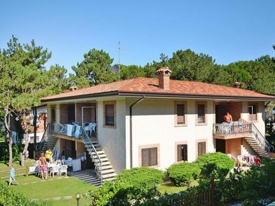 Photo for Holiday flats Villa Fidia, Lignano Riviera  in Venetische Adria - 6 persons, 2 bedrooms