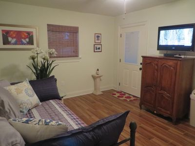 Guest Quarters, 3.5 miles from the French Quarter